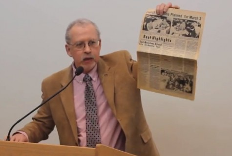 Mike Doyle talks about his own student days during his speech accepting the 2014 James A. Tidwell Award as top Illinois scholastic journalism educator of the year.