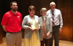 Cathy Wall receives 2016 James A. Tidwell Award for Excellence in Scholastic Media Education